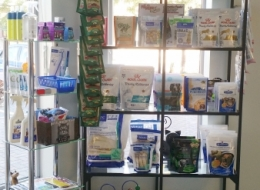 Reception -We stock many treats, toys and other retail items to add convenience to your visit.